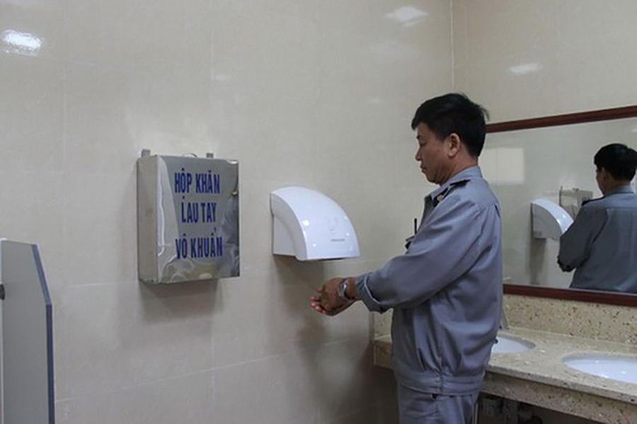 Máy sấy tay Panasonic ứng dụng trong xí nghiệp