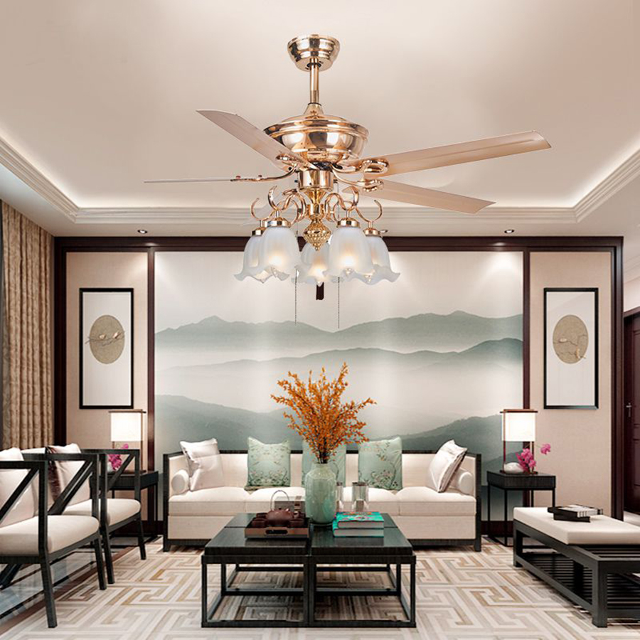 Quạt trần có đèn chùm giúp ngôi nhà sáng đẹp và luôn mát mẻ